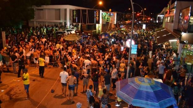 Galinho de Brasília atrai mais de 100 mil pessoas nos dois dias de desfile